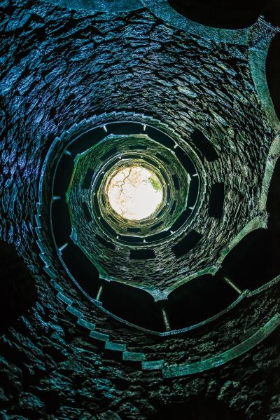 Masonic initiation well